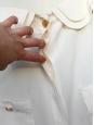Top en soie crème écru et boutons dorés Taille 38/40