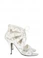 Sandales à talon en cuir et dentelle blanche Px boutique 640€ Taille 40