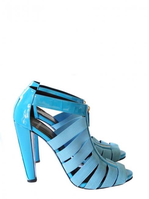 Sandales à talon en cuir verni bleu flash Px boutique 750€ Taille 40
