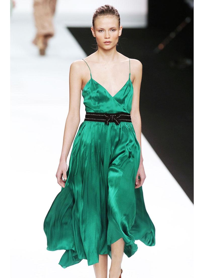 louise paris chloe robe de soir e en satin de soie vert meraude ceinture cristal px boutique. Black Bedroom Furniture Sets. Home Design Ideas
