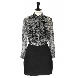 Robe Georgette en crêpe de soie imprimé noir et blanc Px boutique 520€ Taille 36