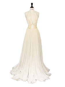 White/ecru lace and tulle open back wedding dress Retail value €5000 Size 36