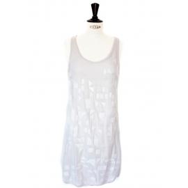 Robe brodée en soie gris mauve Px boutique 1800€ Taille 36