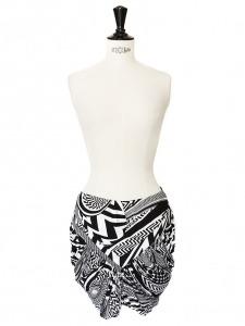 Black and white print wrap skirt Retail price around €900 Size 36