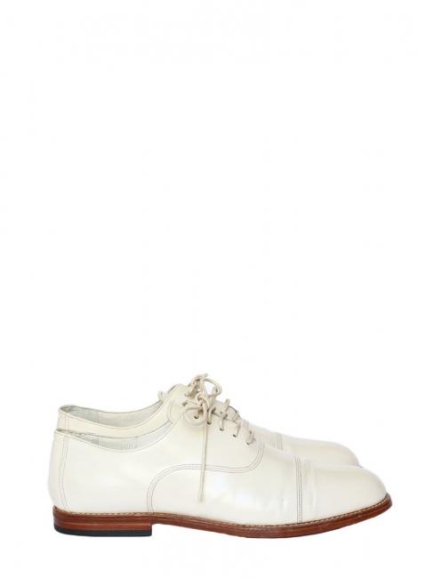 Derbies en cuir glacé blanc écru Px boutique 600€ Taille 39