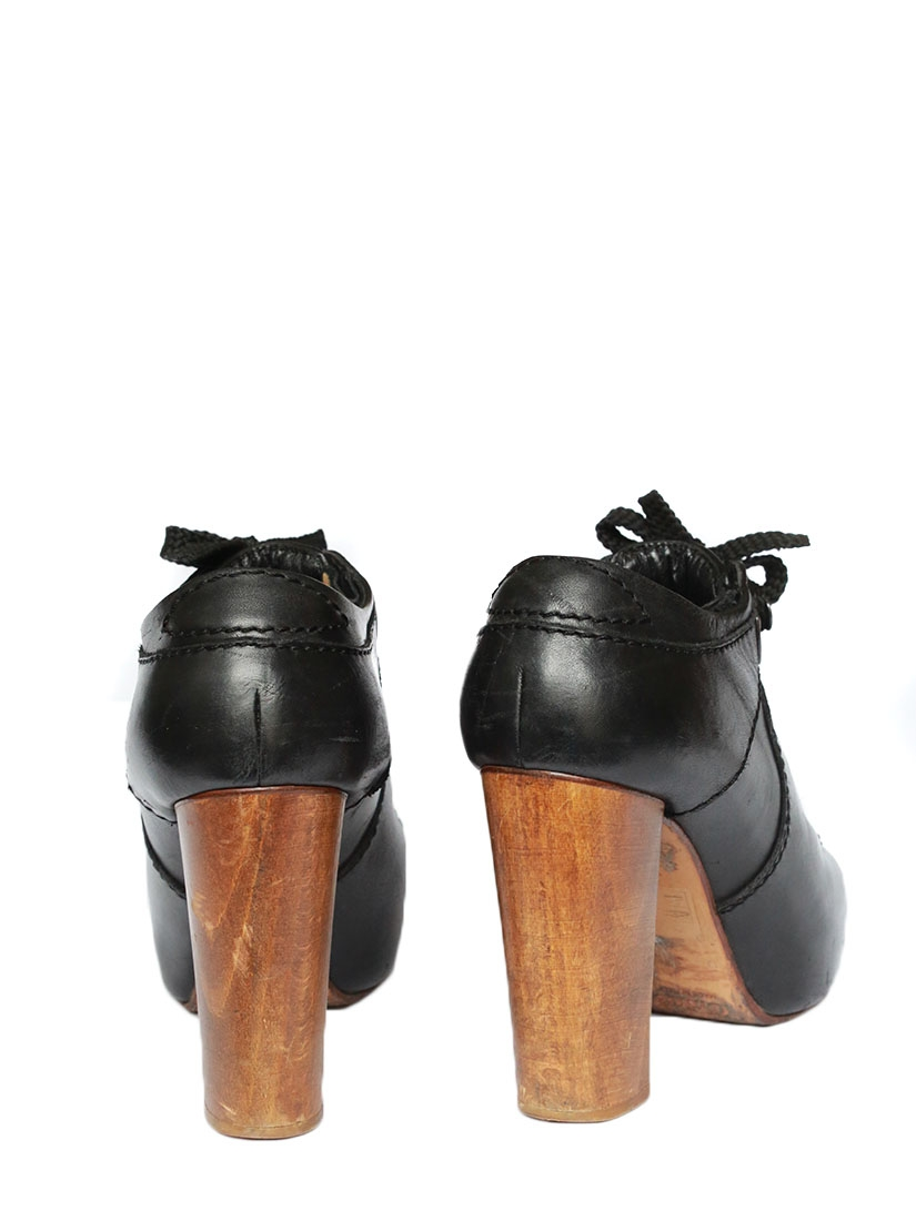 5f4fed8c715a Louise Paris - CHLOE SILVERADO Black leather laced up low boots ...
