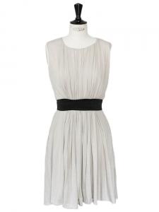 Grey wool sleeveless dress with velvet belt Retail price €900 Size 36/38