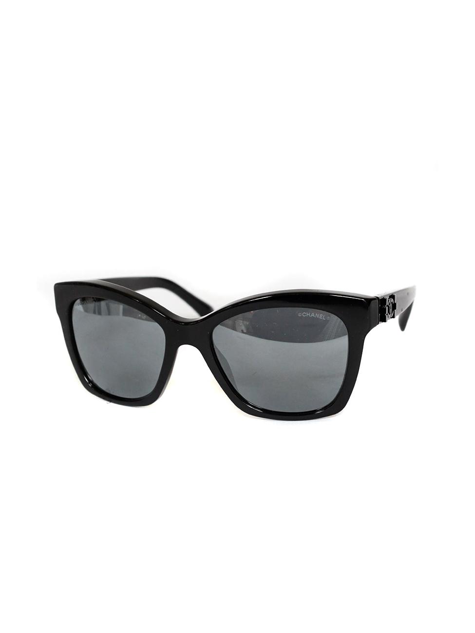 67e8571ef9 Louise Paris - CHANEL Black frame 5313 sunglasses Retail price €245 NEW