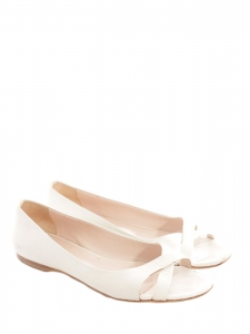 White leather peep toe flat sandals Retail price €450 Size 36