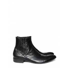 OLIVIER STRELLI black leather ankle boots Retail price €210 Size 42