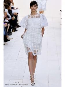 Jupe taille haute en coton découpé blanc NEUVE Px boutique 800€ Taille 34