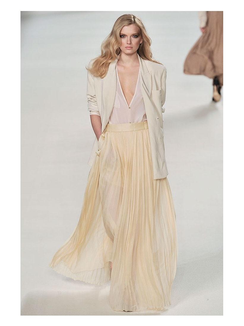 louise paris chloe jupe longue en mousseline de soie pliss e jaune moutarde prix boutique 2200. Black Bedroom Furniture Sets. Home Design Ideas