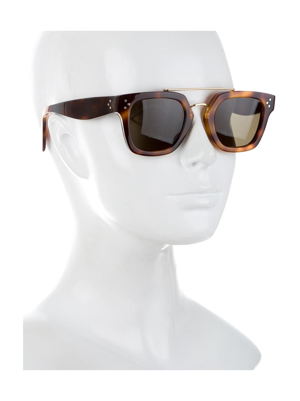 f2df0da4e3f Louise Paris - CELINE Brown tortoiseshell wayfarer bridge sunglasses Retail  price €350