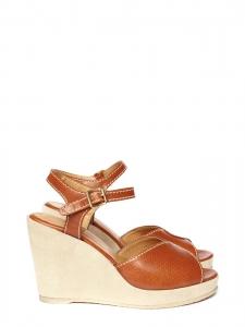 Sandales compensées en cuir perforé camel et suède Px boutique 310€ Taille 38