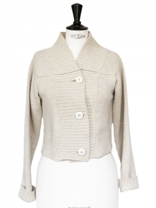 Heavy knit ecru wool short cardigan Retail price 900€ Size 38
