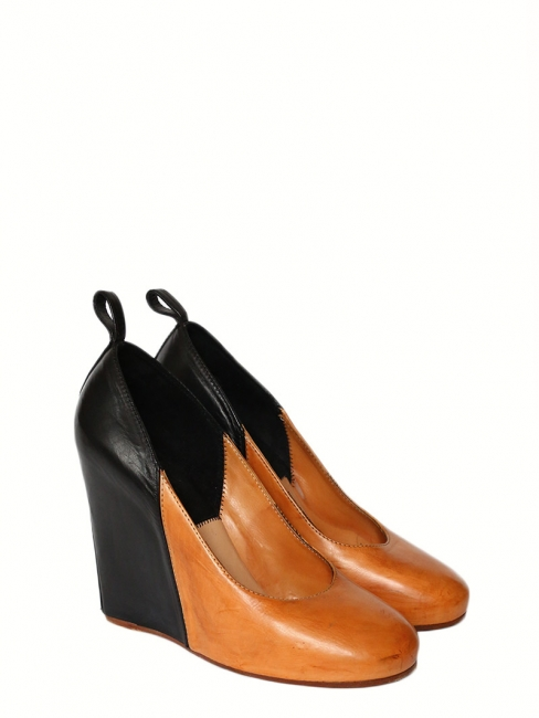 Black and camel leather round toe wedge pumps Retail price €800 Size 40