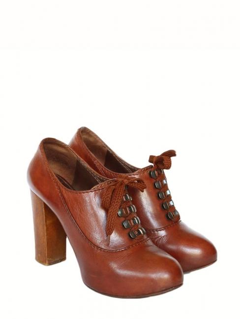 e4cebb1fbff92 Bottines à lacets SILVERADO en cuir marron cognac et talon bois Px boutique  550€ Taille