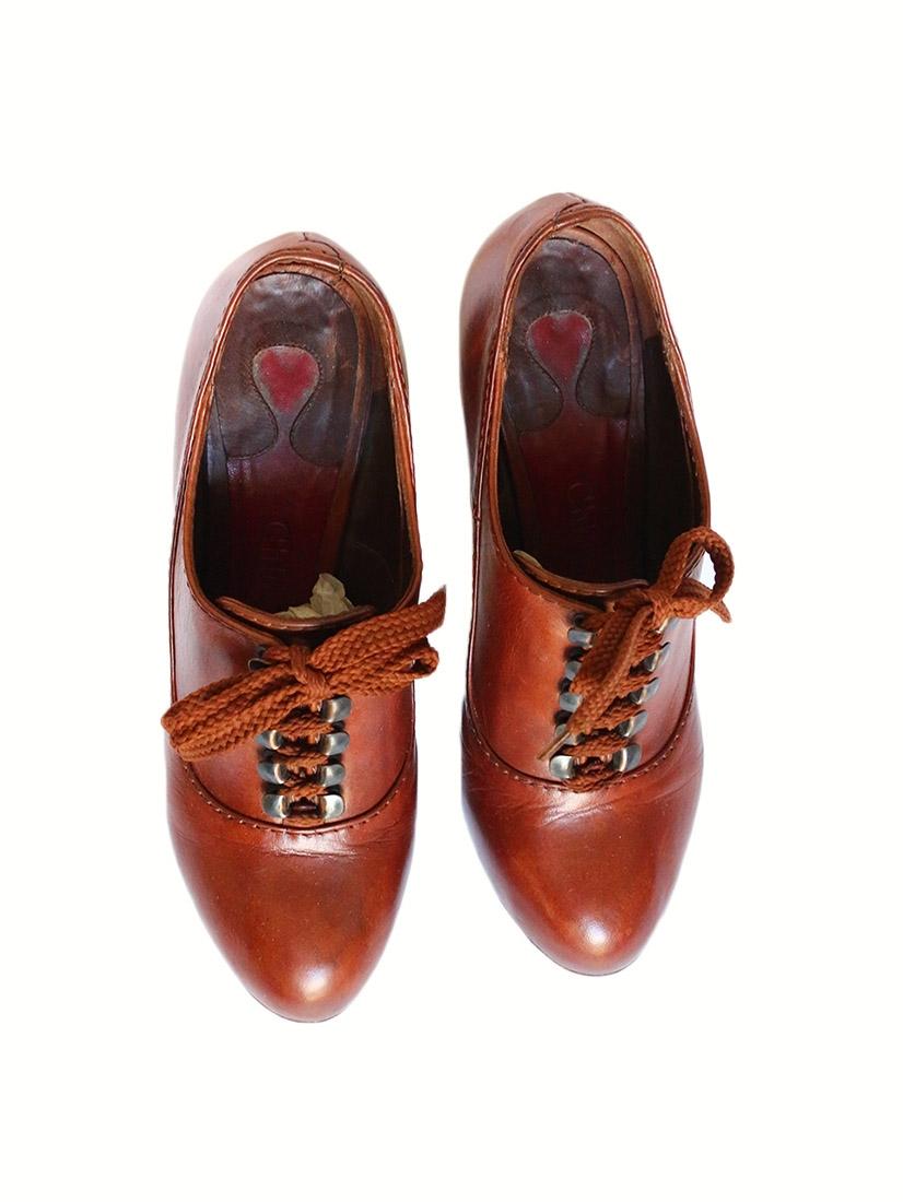 d2d91d550c887 ... Bottines à lacets SILVERADO en cuir marron cognac et talon bois Px  boutique 550€ Taille ...