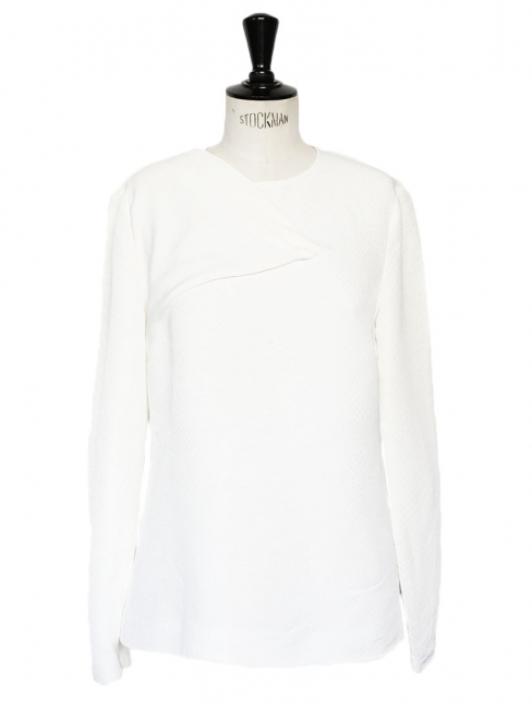 Asymmetric front detail textured white fitted top Retail price €500 Size 38