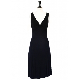 Robe de cocktail mi-longue décolleté plongeant en jersey noir Px boutique 1100€ Taille 36