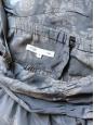 Top Bora décolleté à bretelles larges en soie gris foncé imprimée beige Taille 34/36