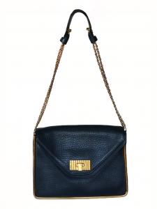 Sac SALLY moyen modèle en cuir grainé bleu acier et chaîne dorée Prix boutique 1710€