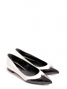 PARIS Black and white patent-leather point-toe flats Retail price €550 Size 35