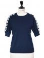 Pull manches courtes en soie, cachemire et dentelle bleu nuit Prix boutique 750€ Taille 36