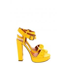 Sandales à talon en cuir verni jaune canari Px boutique 720€ Taille 37