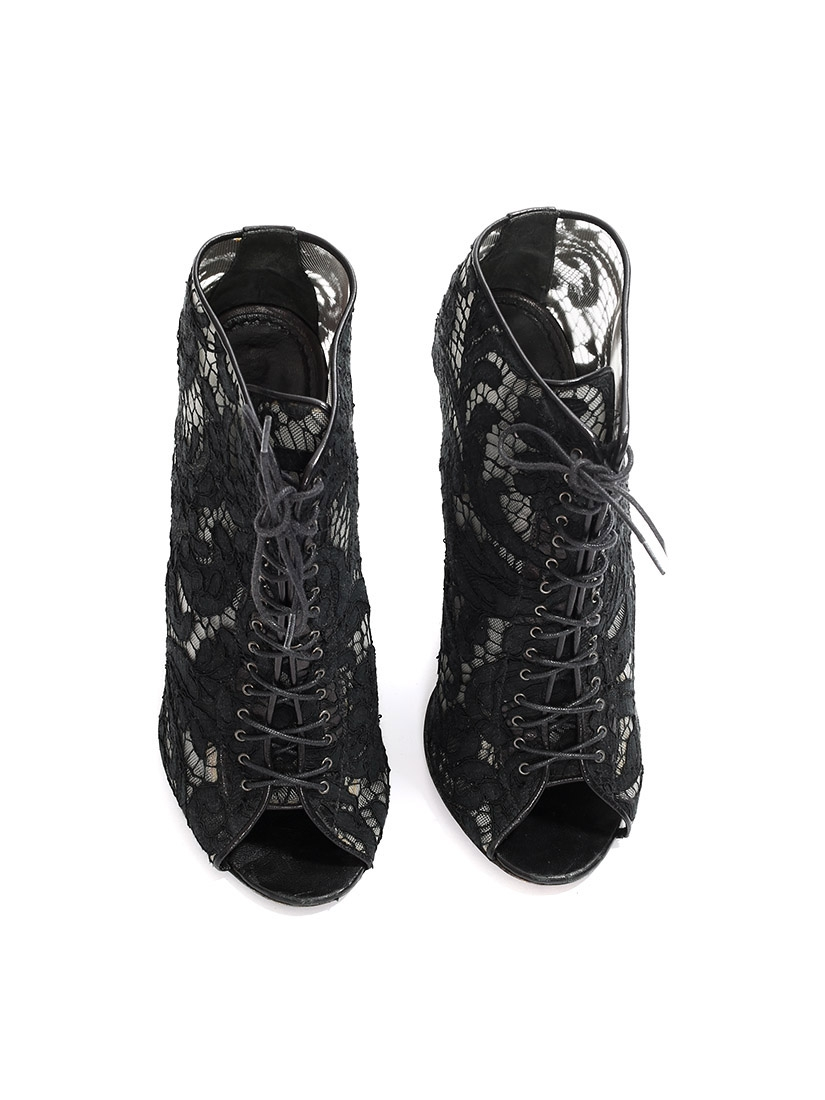 3dff9e668f Black lace and leather heeled ankle boots sandals Retail price €650 Size 38.  Black lace ...