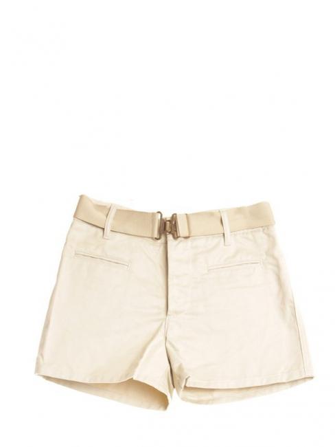 Short en coton beige crème et ceinture élastique à boucle dorée Prix boutique 550€ Taille 38