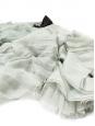 Robe de cocktail dos nu en mousseline de soie plissée vert jade et bijoux Px boutique 3500€ Taille 34