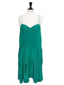 Robe à bretelles fines en soie vert émeraude Px boutique 850€ Taille 38