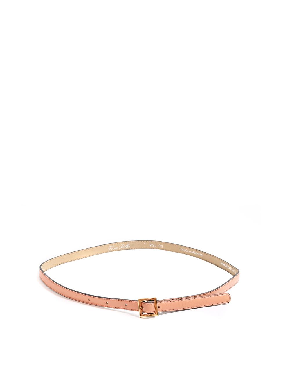 Louise Paris - DOLCE   GABBANA Ceinture fine en cuir rose pêche et boucle  carrée dorée Px boutique 350€ Taille S 3d0e85a1743