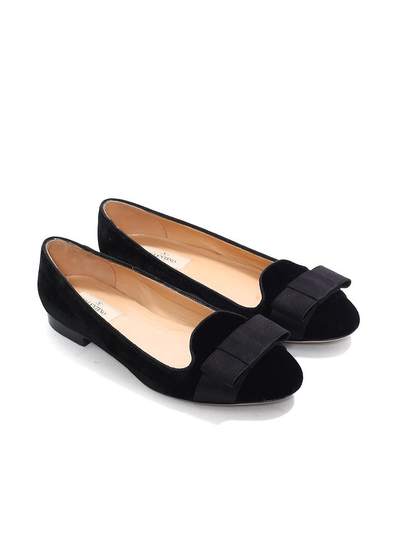 07c2bc942c3 Black velvet tuxedo slippers with satin bow Retail price €800 NEW Size 38  Black  velvet ...