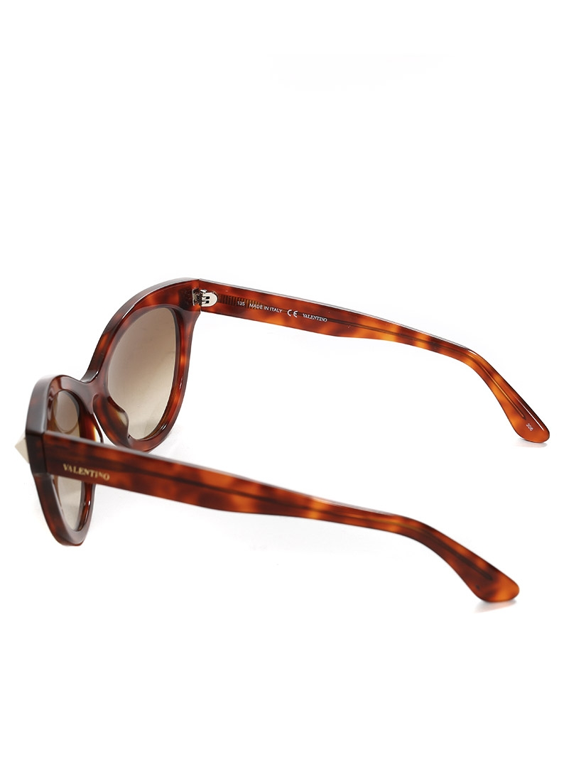 69917cf72136 Louise Paris - VALENTINO Cat eye Rockstud Havana sunglasses Retail ...