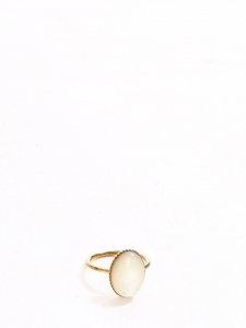 White mother of pearl oval stone golden fantasy ring Size S/M