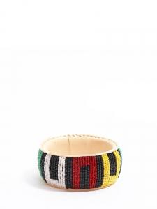 Bracelet africain en cuir brodé de perles rouge, vert, jaune et noir