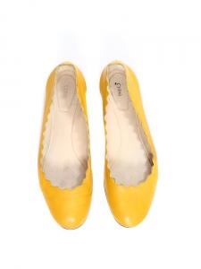 Ballerines plates LAUREN découpe Scallop en cuir jaune soleil Px boutique 395€ Taille 37,5