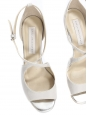 Sandales à talon et lanières blanc argent Px boutique 600€ Taille 37