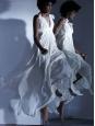Robe longue en mousseline plissée blanc écru Px boutique 4400€ Taille 36