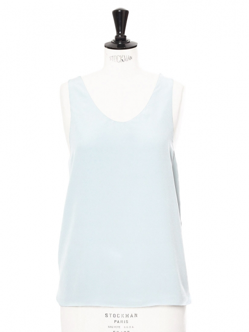 Débardeur en crêpe de soie bleu ciel Prix boutique 390€ Taille 36