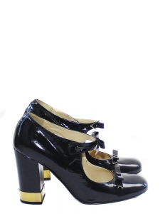 Black leather babies sandals from the Summer 2007 fashion show Retail 550€ Sz 39