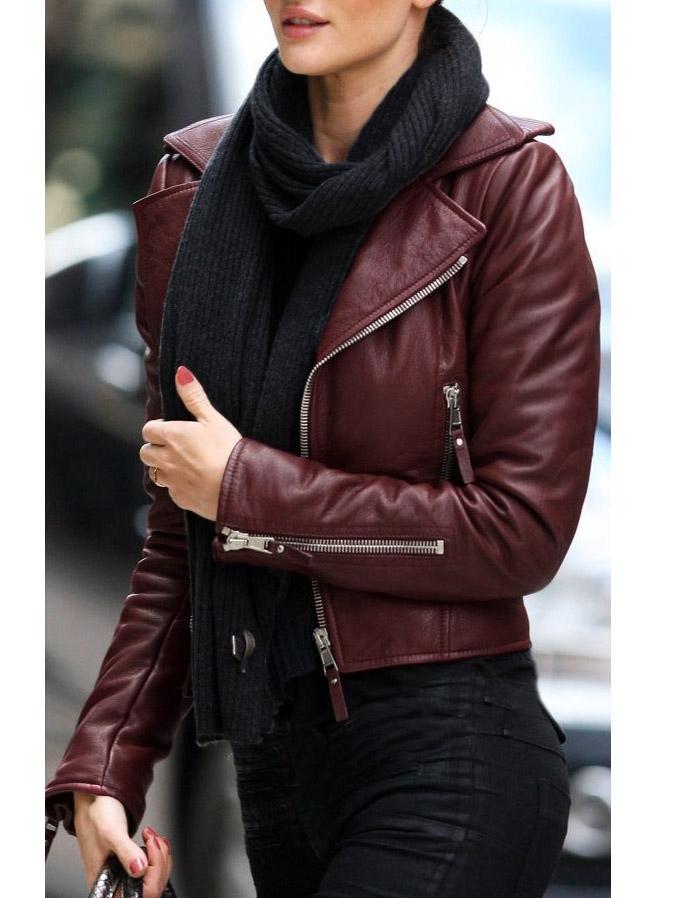 ... Veste perfecto biker en cuir d agneau rouge bordeaux Px boutique 2200€  Taille 38 ... f0c052921b7