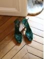 Sandales à bride cheville en suede vert foncé et talon doré Prix boutique 700€ Taille 39