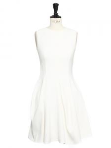 Robe sans manches évasée en crêpe blanc ivoire Px boutique 1500€ Taille XS