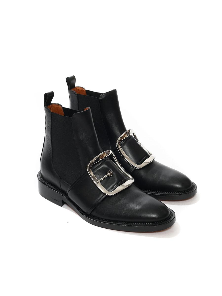 51a2e77e5a64bf ... Bottines TINA en cuir noir et grosse boucle argent NEUVES Prix boutique  1100€ Taille 39 ...