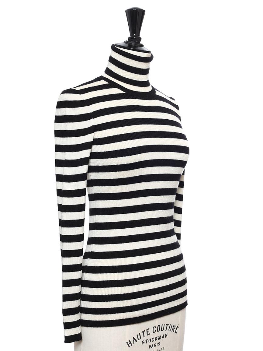 680a94aa91f5 ... Pull col roulé en laine, soie et cachemire rayé noir et blanc Prix  boutique 695 ...