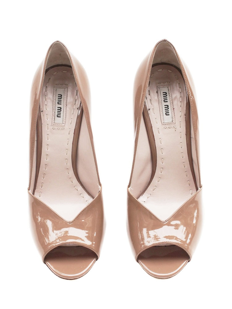 Riverberry Womens Beige Nude Patent Leather Open Toe