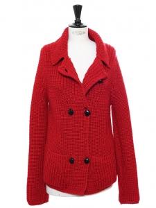Gilet en maille épaisse de laine rouge Prix boutique 330€ Taille 38